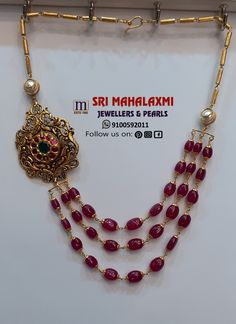 Beautifully crafted Ruby beads Necklace with one side antique Kundan locket in BIS Hallamark Gold. Get the best finishing product at wholesale prices only with Sri Mahalaxmi Jeweller 11 August 2019 18k Gold Jewelry, Emerald Jewelry, Gold Jewellery Design, Bead Jewellery, Pearl Jewelry, Beaded Jewelry, Fine Jewelry, Latest Jewellery, Cluster Necklace