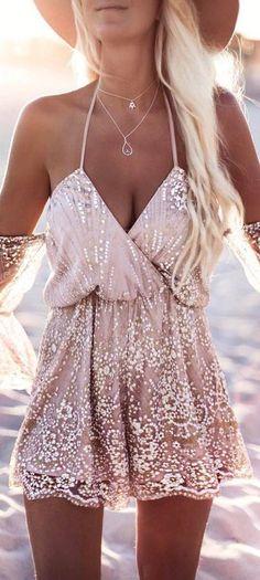 Les vêtements de luxe d'occasion sont sur dariluxe.fr ! Livraison offerte en UE !