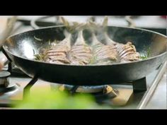 S01E27 Jamies 15 Minute Meals.Sizzling.Beef.Steak.and.Mighty.Mackerel.mkv - YouTube