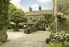 #RoomAuction Hotels: When you want to get away from it all head for Ashfield House in the #village of #Grassington nestling in the #Yorkshire Dales, it is the perfect base from which to #explore the #famous #Yorkshire Dales.