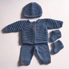 Bilderesultat for hentesett Crochet For Boys, Newborn Crochet, Baby Alive, Kids And Parenting, Baby Knitting, Crochet Projects, Maternity, Pullover, Sweaters