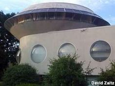 UFO shaped building (North Canton, Ohio)