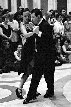 A dance floor, an el