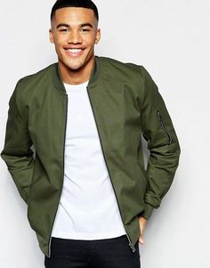 Stuck for what to buy the guy in your life this Christmas? A wear-anywhere khaki jacket should get a smile on his face