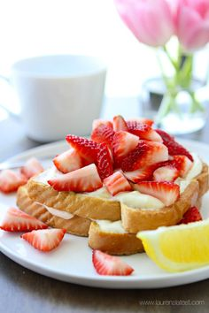 Lemon Cream French Toast from www.laurenslatest.com