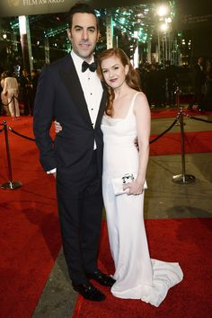 Sacha Baron Cohen et Isla Fisher aux BAFTAs 2016