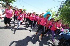 #Mujeres, hombres y niños recorrieron más de tres kilómetros contra el Cáncer de mama - San Juan 8: San Juan 8 Mujeres, hombres y niños…