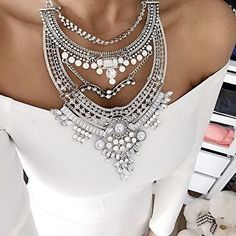 Glamorous Over The Top Statement Necklace #ootd #fashionista - 27,90 € @happinessboutique.com