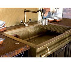 Lavello cucina pietra termosifoni in ghisa scheda for Piani scrivania stile artigiano