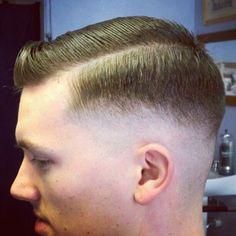 The razor fade haircut mens hairstyles haircuts 2018 Low Taper Fade Haircut, Boys Fade Haircut, Tapered Haircut, Razor Cut Hair, Razor Fade, Short Hair Cuts, Popular Mens Hairstyles, Slick Hairstyles, Hairstyles Haircuts
