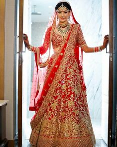 Today we are sharing Pakistani Latest Bridal Lehenga Dresses Designs Styles Collection. Indian Bridal Dresses, Indian Bridal Dresses Suppliers and Manufacturers at Alibaba. Latest New Designer Indian Wedding Wear And Party Wear Plazzo. Indian Bridal Outfits, Indian Bridal Lehenga, Indian Bridal Fashion, Indian Bridal Makeup, Indian Bridal Wear, Indian Dresses, Bridal Dresses, Latest Bridal Lehenga Designs, Bridal Collection