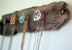 Stylish way to organise jewellery. #fashion #decor