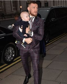 """1,651 Likes, 11 Comments - Conor McGregor Fan Page (@thenotoriousmmaface) on Instagram: """"☺️☘️THIS IS ☘️THE MAC LIFE ☘️THE King Life @thenotoriousmma @deedevlin1 Следите за последними…"""""""