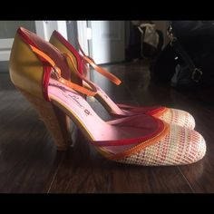 Poetic Licence Orange, Tan & Red Tweed Heels True to size. Good condition. They have been worn, but no significant wear. Poetic Licence Shoes Heels