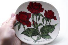 Kirppisrakkautta Kitchenware, Tableware, Finland, Art, Art Background, Dinnerware, Dishes, Kunst, Gcse Art