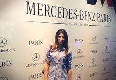 Un look da parigina per gli Champs Elysees