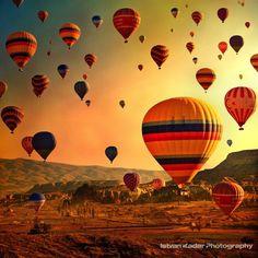 カッパドキアと気球の絶景