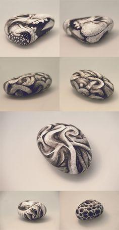 Textura y confusión / Piedras y huesos de DZO Olivier, via Behance