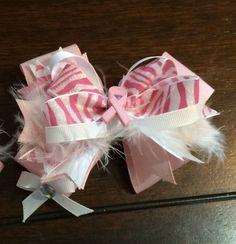 Brest cancer pink bowtique bow  LaceysBowtiqueCo on Etsy   All month long for 30%Off   Coupon code OCTBCA16