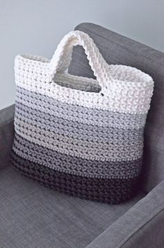 Handmade crochet bag from rope will be the best accessory or a gift for you or your friend! Perfect for using everyday. This stylish handbag just begs to be with you on holiday. Size: height 26 cm in], width 32 cm in] The length of the handle 27 Rope bag Crochet Diy, Crochet Tote, Crochet World, Crochet Handbags, Crochet Purses, Crochet Crafts, Crochet Stitches, Crochet Patterns, Diy Crafts