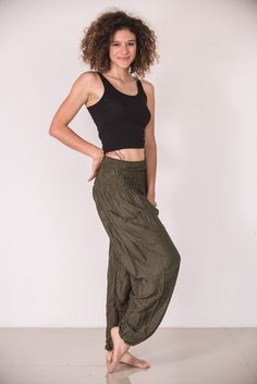 Solid Color Women's Harem Pants in Green