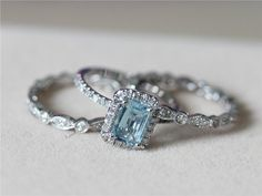 ABSOLUTELY STUNNING SET!! 5x7mm Blue Aquamarine Ring w/ Matching Band Wedding Set 14K White Gold Ring Diamond Engagement Ring Wedding Ring -3 Rings Set