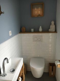 Small Downstairs Toilet, Small Toilet Room, Downstairs Bathroom, Bathroom Layout, Bathroom Ideas, Wc Design, Toilet Design, Design Ideas, Bathroom Design Small