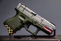 Custom Cerakote job on this pistol! Glock Guns, Airsoft Guns, Weapons Guns, Guns And Ammo, Custom Glock, Custom Guns, Armas Wallpaper, Submachine Gun, Home Defense