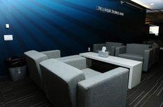 Modern Interior Design Ideas To Make Your Home More Eco-Friendly Modern Office Design, Office Interior Design, Office Interiors, Interior Decorating, Office Designs, Studio Interior, Office Lounge, Chula, Contemporary Interior