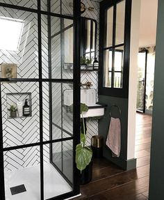 New Bedroom Door Decorations Loft Ideas Loft Bathroom, Industrial Bathroom, Industrial Chic, Loft Ensuite, Bedroom With Ensuite, Master Bathroom, Loft Room, Bedroom Loft, Bathroom Design Inspiration