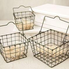 Gathering Eggs Wire Basket Set