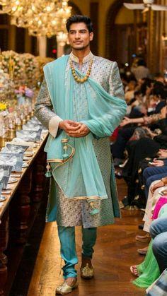 Asian Men Fashion, Muslim Fashion, Mens Fashion, Mens Sherwani, Wedding Sherwani, Traditional Fashion, Traditional Outfits, Indian Groom Wear, Pretty Men