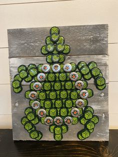 Excited to share this item from my shop: Rustic Bottle cap Sea Turtle Wall Art Decor Sign Diy Bottle Cap Crafts, Recycled Bottle Crafts, Beer Cap Crafts, Bottle Cap Projects, Recycled Crafts Kids, Recycled Art, Handmade Crafts, Recycled Gifts, Recycled Products
