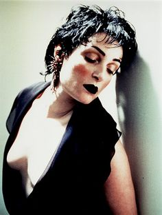 Siouxsie Sioux by Austin Young Siouxsie Sioux, Siouxsie & The Banshees, Weekend Film, Waves Icon, Goth Music, Women Of Rock, Vampire Weekend, Joan Jett, Female Singers
