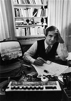 François Truffaut at his desk. Jean Pierre Leaud, Francois Truffaut, Filmmaking, French, Desk, Fictional Characters, Fotografia, Art, Cinema