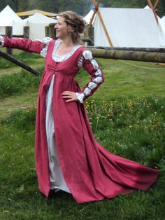 I'd love to wear this to a renaissance festival!