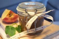 Omenasato on nyt parhaimmillaan, joten kehittelin terveellisiä omenareseptejä…