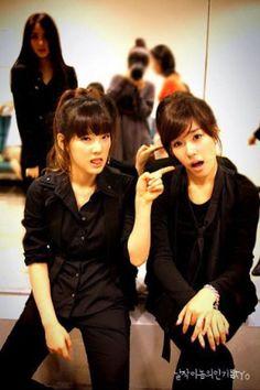Taeyeon and Tiffany - Girls' Generation