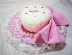 Tutorials for making your own lolita stuffs! Forum-stlye website..