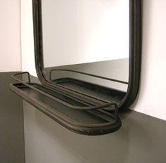 Grand miroir rectangulaire en m�tal noir avec tablette Athezza