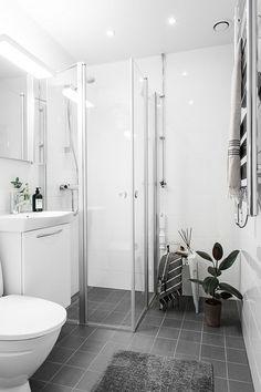 Mediterranean Home Interior .Mediterranean Home Interior Bathroom Photos, Bathroom Layout, Bathroom Interior Design, Modern Bathroom, Small Bathroom, Luxury Homes Interior, Home Interior, Interior Decorating, Quirky Home Decor