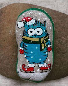 #зимаблизко #котики #хендмейд #кофейник #paintedstones #paintedpebbles #pebbles #handmade #funnycats #acril #южный #камушки #рисункинакамнях