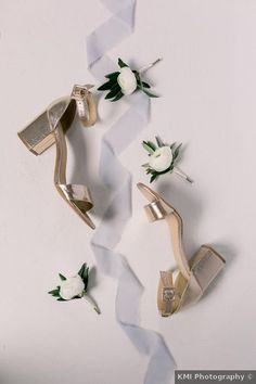 Wedding shoes ideas - gold, open toe, summer, low heel, casual, sandals {KMI Photography}