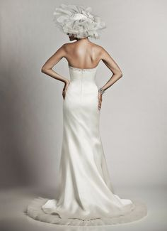 ELLE - Wedding Gown / 2011 Collection - by Matthew Christopher - Available colours : White & Off White (back)