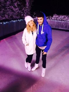 Zayn & Perrie ;) ok this picture is adorable, and with zayn wearing figure skates it makes it ten times more adorable!!!!-