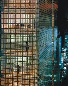 Renzo Piano - Maison Hermes, Tokyo 2001