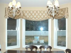 Charming Kitchen Window Valance Ideas