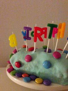 Katrins Backecke: Farbiger Kindergeburtstagsbranchli Cake