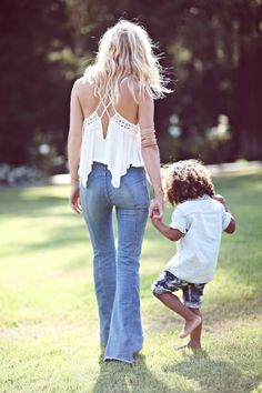 Shelby Keeton Poses with Her Son for Free People Mother's Day Shoot | Popbee - a fashion, beauty blog in Hong Kong.