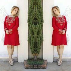 Não tem como não amar este Vestido vermelho.